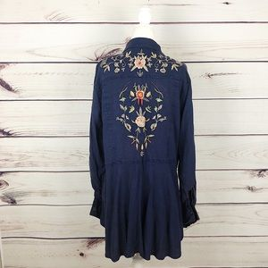 Anthro Lola P. Blue Wash Embroidered  Shirt L